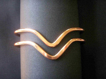 Armspangen aus Kupfer