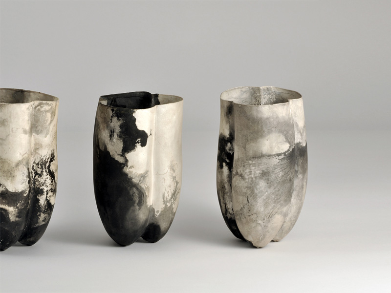 "Peter Bauhuis, Gefäße, ""Firenze Seria"", Silber, simultan gegossen, 2010; Foto: Peter Bauhuis"