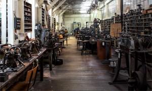 Die ehemaligen Werkstätten des Industriedenkmals Jakob Bengel bieten beeindruckende Einblicke in die Modeschmuck-Produktion des vergangenen Jahrhunderts